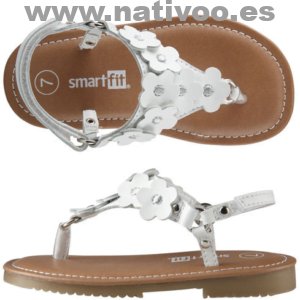 chica 10 zapatos